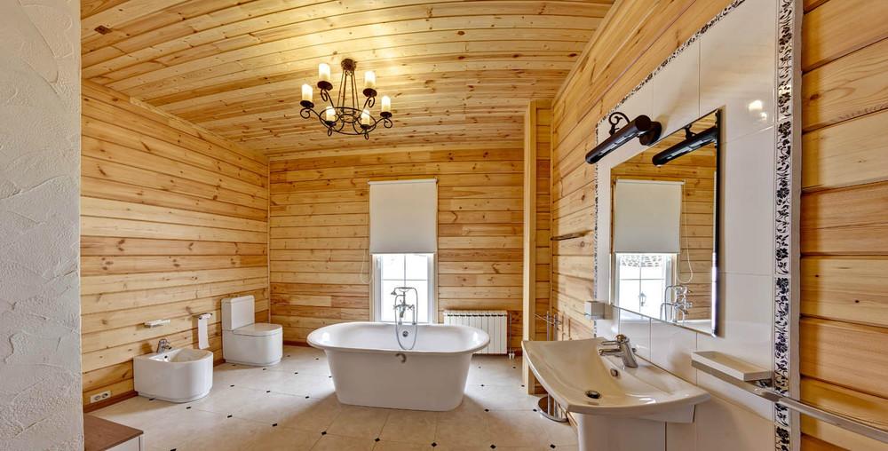 Ванная комната в деревянном доме дизайн фото с душевой кабиной